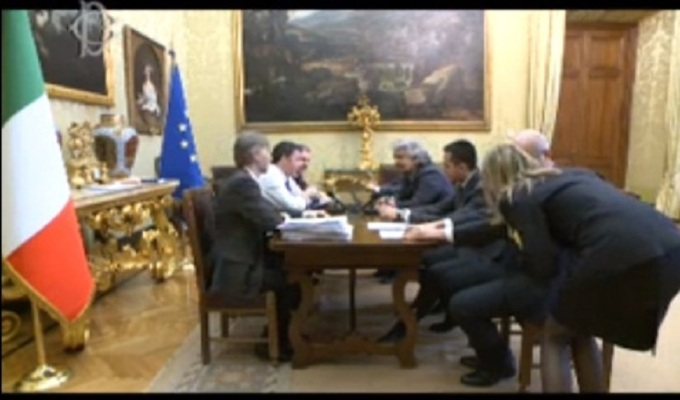 beppe-grillo-matteo-renzi-streaming21